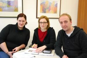 Setzen sich für Kinderschutz ein: Stefanie Rave, Melanie Schmidt und Rainer Steinbrecher. Foto: Uta Garbisch