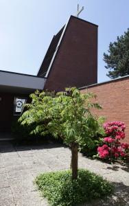 Quadrat als Grundprinzip: Die Martin-Luther-Kirche (Foto: Meike Böschemeyer)