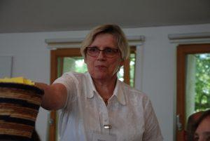 Es war ihre letzte Synode: Brigitte Schmitt geht Ende Juni in den Ruhestand und wurde mit tosendem Applaus verabschiedet. (Foto: Uta Garbisch)